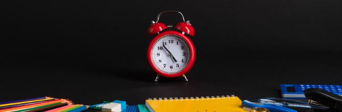「高校生の勉強時間の平均はどのくらい?大学受験に必要な時間についても解説」サムネイル画像